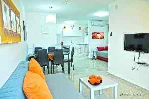 מודרניסטית דירות נופש בחיפה | HomesIsrael Net VG-65